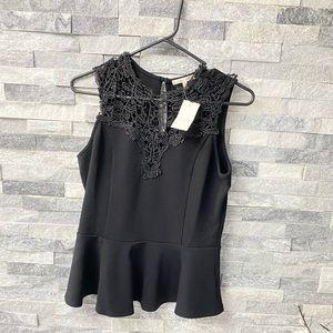 Tops - Nwt black lace sleevless  pelplum top sz M